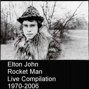000-Elton_John_-_Rocket_Man_Live_Compilation-3CD-Bootleg_MATRIX-US-2007-Front-Full Artwork By Tidier-SBN